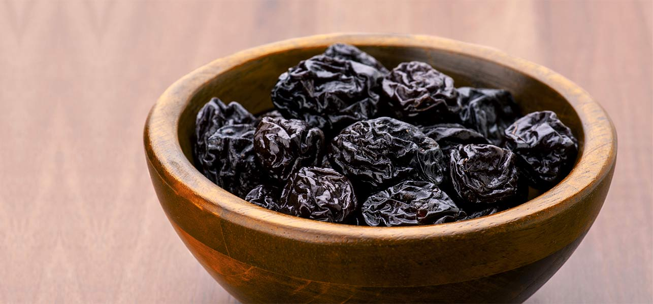 4933_15-Best-Benefits-Of-Prune-Juice-For-Skin-Hair-And-Health
